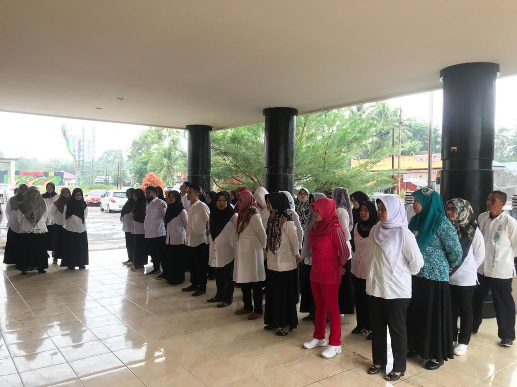 Foto: Suasana Apel pagi Di Dinas Kesehatan Padang Pariaman (Rabu, 27/3/19)